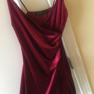 Dresses & Skirts - Nice quality velvet dress